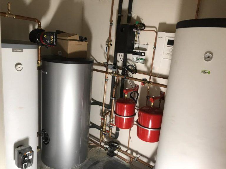 Van Veldhuisen Techniek - Nibe warmtepomp met 500 liter boiler icm nefit solarline 3 300 zonneboiler