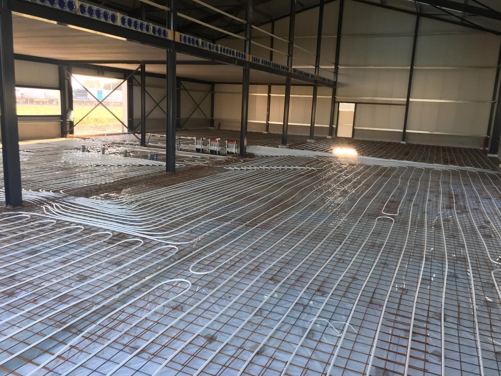 Van Veldhuisen Techniek - Vloerverwarmingsinstallatie in loods